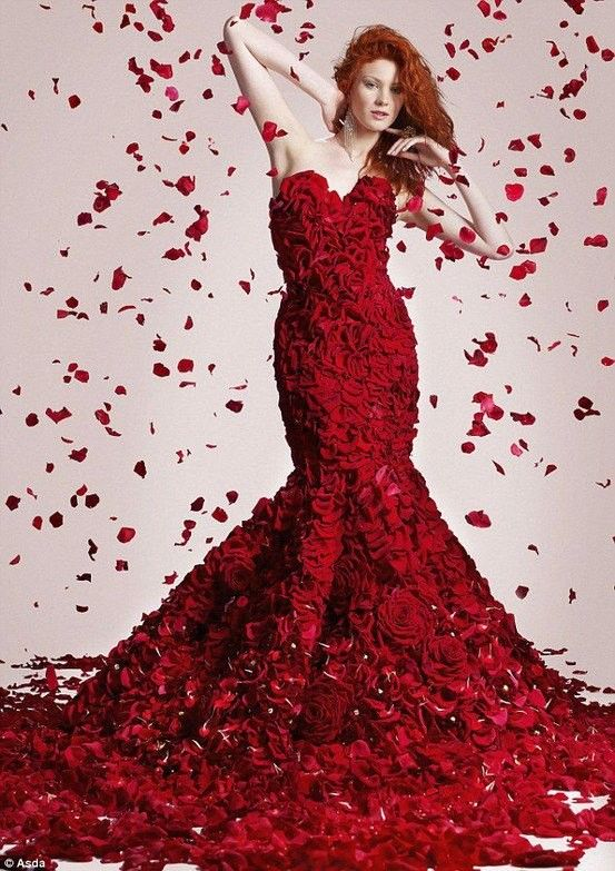 Tres belle robe rouge